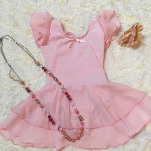 Girl's Pink Ballet outfit 👧🏼🌸🎀